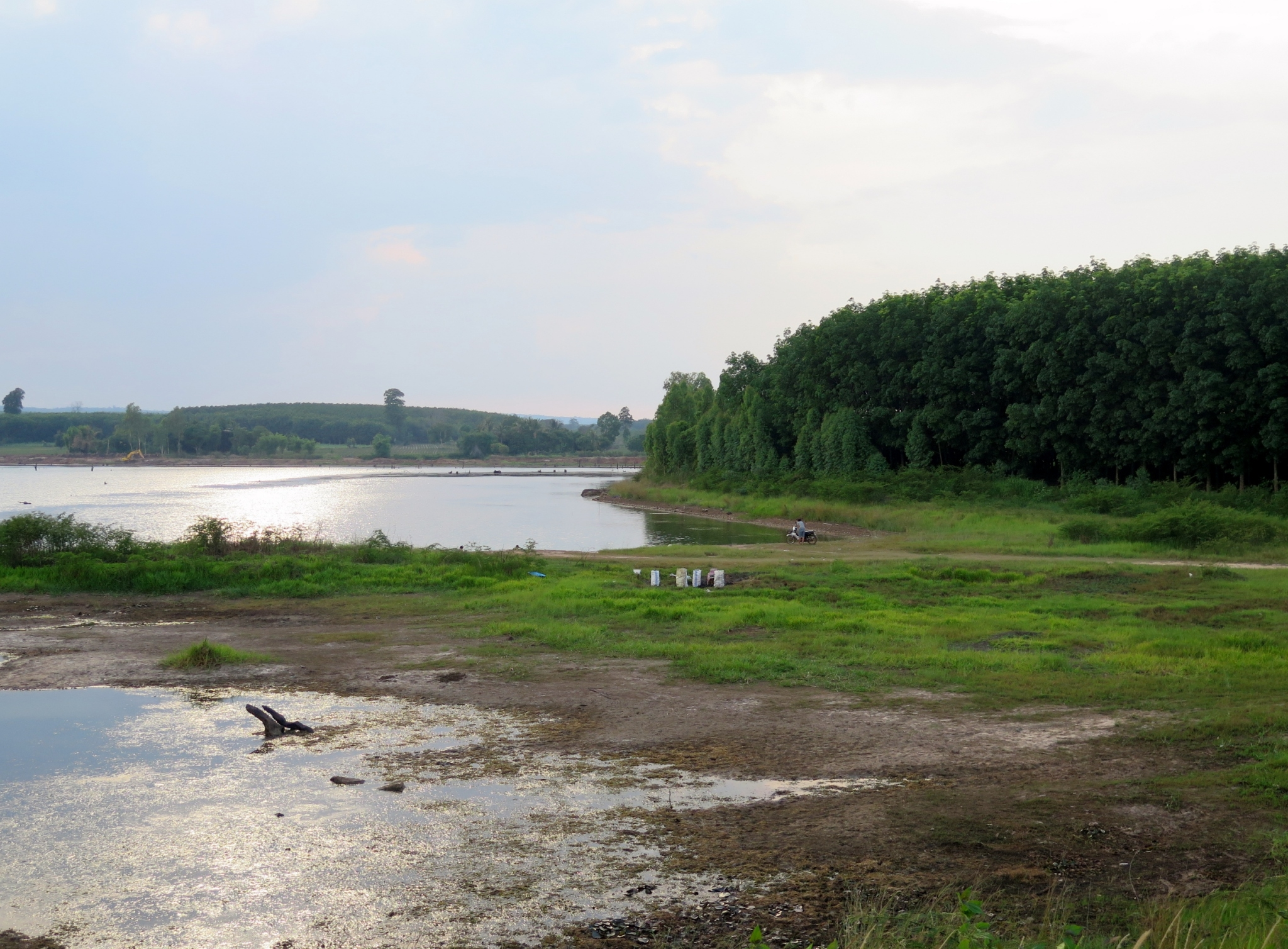 Thai Royal Irrigation Department requests experts to evaluate The Royal Initiative, Huai Ta Poe Reservoir Project in relation to Ecosystem-based Adaptation measure