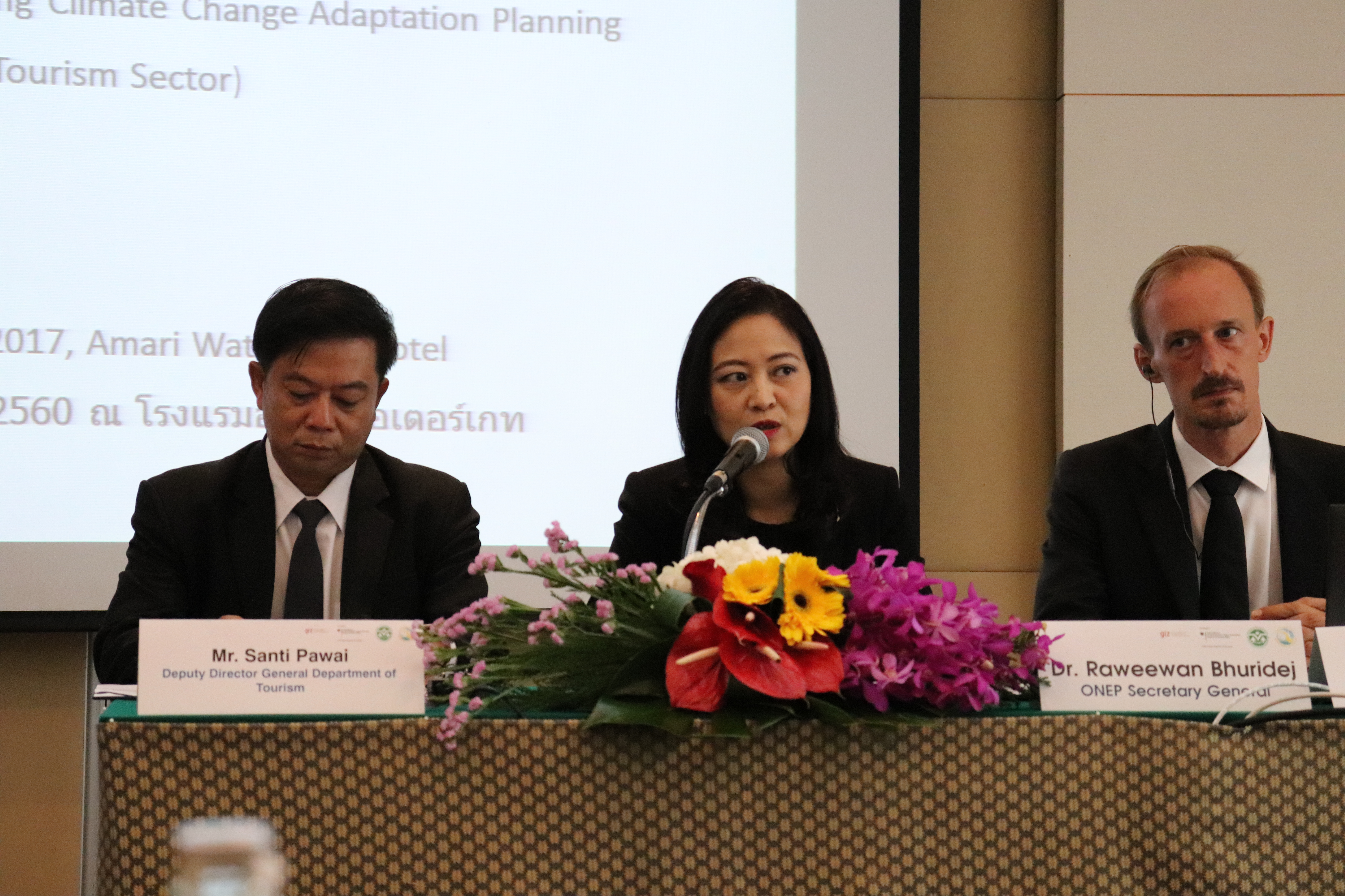 Bridging the gaps: 1st step in mainstreaming climate change adaptation in tourism sector